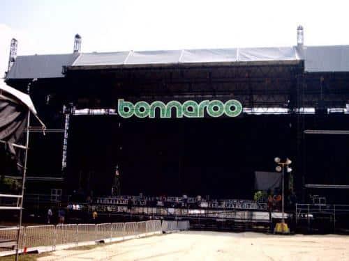 bonnaroo-stage-sign