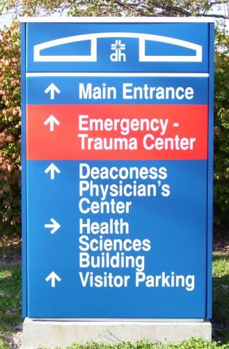 deaconess-directional-sign-2