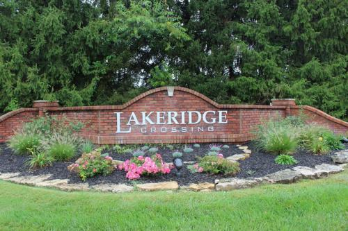 monument-sign-lakeridge