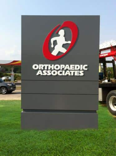 orthopaedic-associates-outdoor-sign