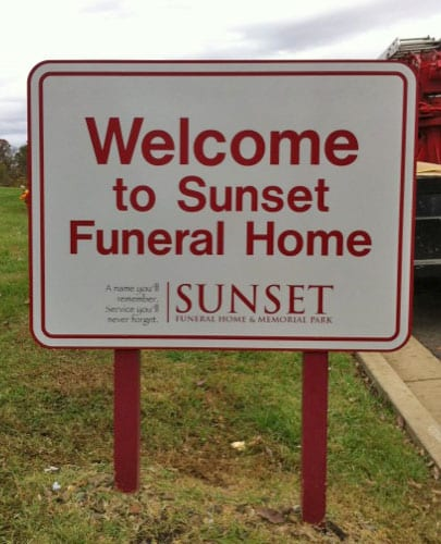 sunset-funeral-home-directional-sign