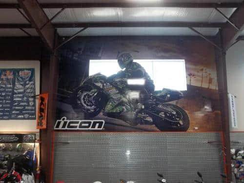 super-bike-shop-building-interior-mural